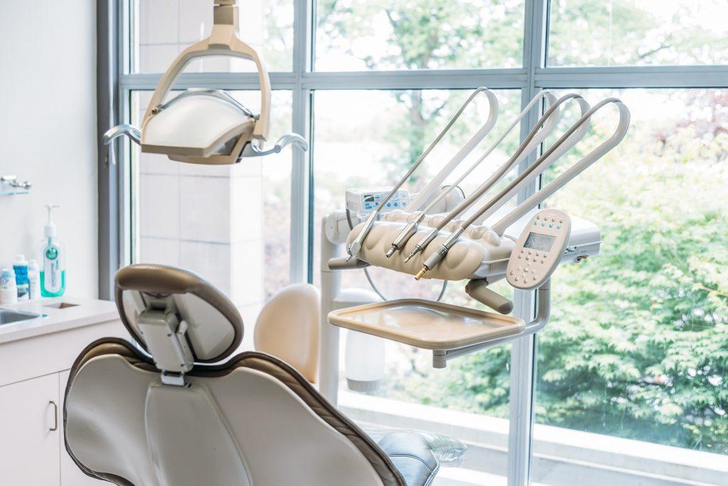 dental-tools-Richmond-dentist-Kaizen-Dental-office